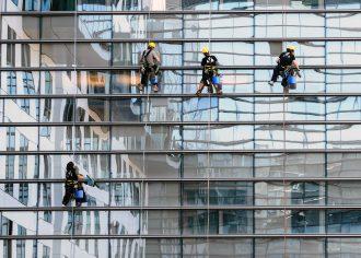 Pravidelná jarní údržba oken se vyplatí